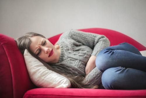 mujer dolor endometriosis